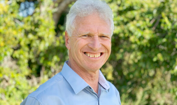 Dr Jon Stephenson