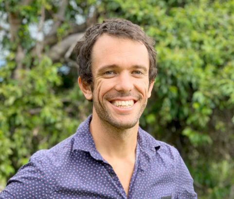 Dr Scott Pearson